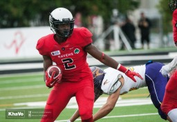 20160917-kha-vo-laurier-mfoot-vs-carleton_-104