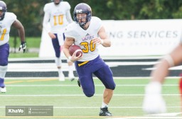 20160917-kha-vo-laurier-mfoot-vs-carleton_-125