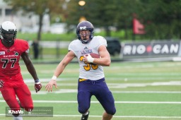 20160917-kha-vo-laurier-mfoot-vs-carleton_-172