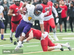 20160917-kha-vo-laurier-mfoot-vs-carleton_-206