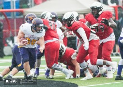 20160917-kha-vo-laurier-mfoot-vs-carleton_-242