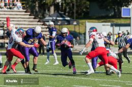 20161014-kha-vo-mfoot-laurier-vs-guelph_-273