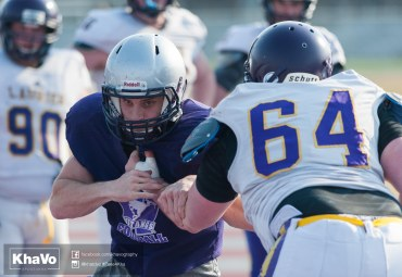20170324 - Kha Vo - Laurier Football scrimmage vs Western_-173