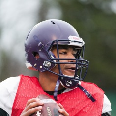 20170331 - Kha Vo - Laurier Football scrimmage vs Guelph_-108