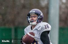 20170406 - Kha Vo - Laurier Football scrimmage vs UW_-150