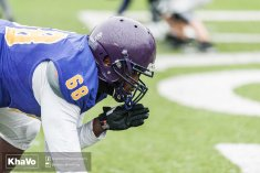 20170406 - Kha Vo - Laurier Football scrimmage vs UW_-85