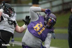 20170406 - Kha Vo - Laurier Football scrimmage vs UW_-86