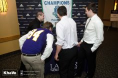 20170428 - Kha Vo - Laurier Football Dinner 2017-31