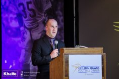 20170428 - Kha Vo - Laurier Football Dinner 2017-56