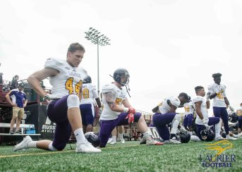 20170817 - Kha Vo - Laurier Football vs Stingers_-260