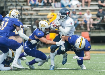 20170827 - Kha Vo - Laurier Football vs TOR-357