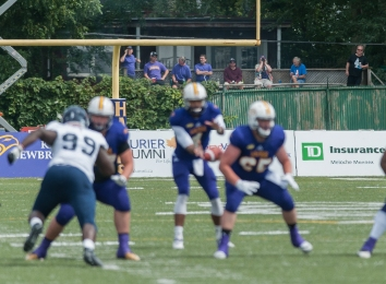 20170827 - Kha Vo - Laurier Football vs TOR-371