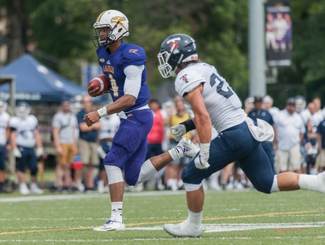 20170827 - Kha Vo - Laurier Football vs TOR-400