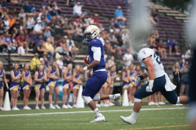 20170827 - Kha Vo - Laurier Football vs TOR-401