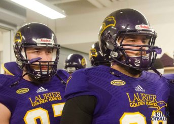 20170916 - Kha Vo - Laurier Football vs QU-191