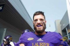 20170916 - Kha Vo - Laurier Football vs QU-198