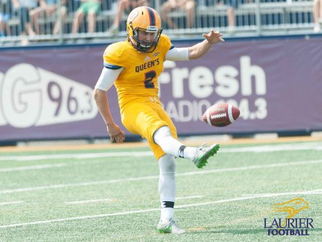 20170916 - Kha Vo - Laurier Football vs QU-264