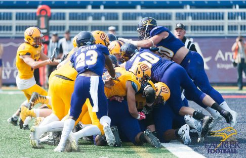20170916 - Kha Vo - Laurier Football vs QU-274