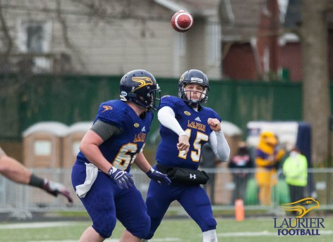 20171104 - Kha Vo - Laurier Football vs MAC-162