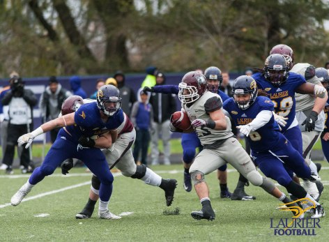 20171104 - Kha Vo - Laurier Football vs MAC-173