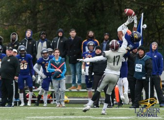 20171104 - Kha Vo - Laurier Football vs MAC-179