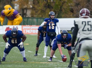 20171104 - Kha Vo - Laurier Football vs MAC-218