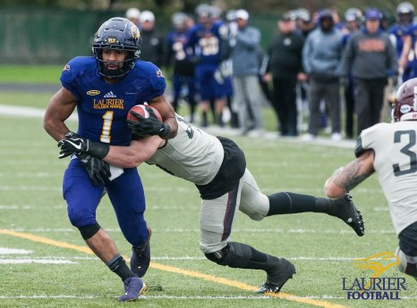 20171104 - Kha Vo - Laurier Football vs MAC-220