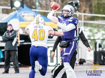 20171111 - Kha Vo - Laurier Football vs WES_-301