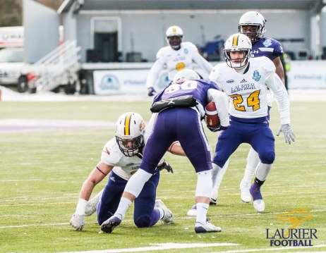 20171111 - Kha Vo - Laurier Football vs WES_-349